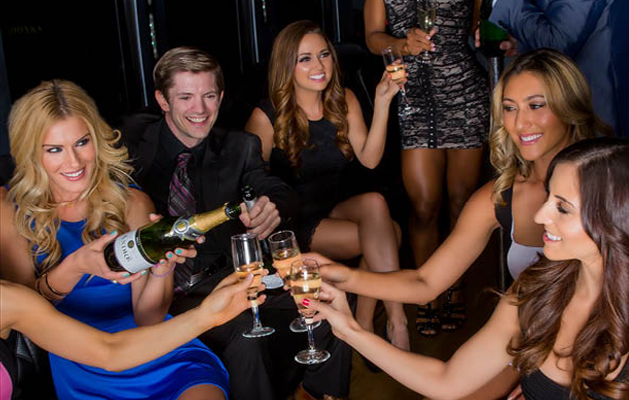 Ring in the New Year the right way with Earth Limos